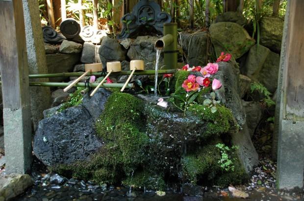 20140414 090 手水鉢 大豊神社